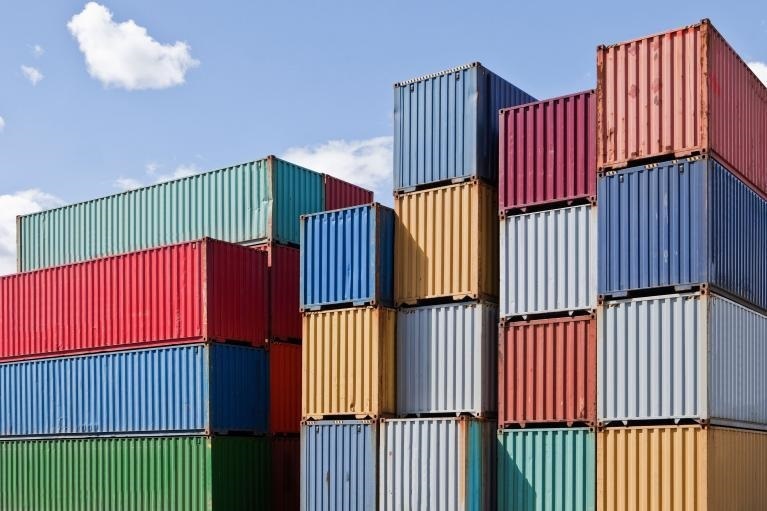 Containers_stacked_variouscolorful